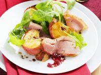 Salat mit Apfel und Gänsebrust