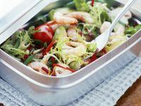 gr ner salat mit garnelen und avocado rezept eat smarter. Black Bedroom Furniture Sets. Home Design Ideas