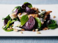 Salat mit Huhn, Spinat und Roter Bete