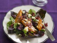 Salat mit Kürbis, Roter Bete und Schafkäse