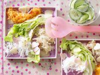 Salatplatte mit pikanten Herzen