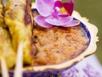 Satayspieße mit Erdnussdip