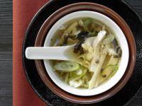 Scharf-saure Suppe