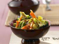 Scharfes Gemüse aus dem Wok
