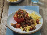 Scharfes Lammgulasch mit Tomaten und Nudeln