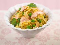 Schneller Reistopf mit Lachs