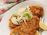 Schnitzel mit Mandelpanade