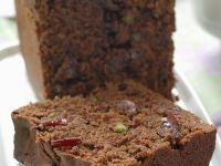 Schoko-Cranberrie-Kuchen mit Pistazien