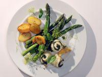 Schollen-Involtini mit Spargel und Pesto
