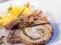 Schweine-Kräuter-Rollbraten