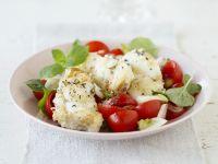 Seeteufel auf Minze-Tomaten-Salat