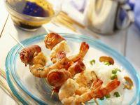 Shrimps-Spieße mit Reis