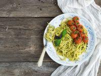 Spaghetti mit Pesto Genovese