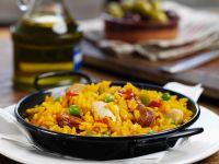 Spanische Reispfanne mit Hähnchen (Paella)