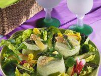Spargel-Sahne-Gelee mit Frühlingssalat