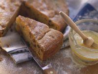 Süßer Kartoffel-Rosinen-Kuchen