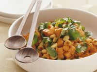 Süßkartoffel-Macadamia-Salat