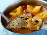 Suppe mit Dorade und Quitten