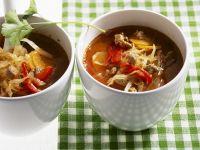 Suppe mit Weißkohl und Lamm
