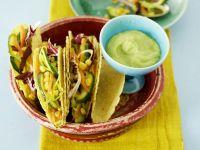 Tacos mit Gemüse und Guacamole