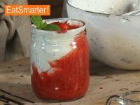 Erdbeerquark für kleine Kinder zubereiten