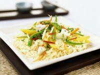 Tofu-Gemüse auf Nudeln