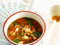 Tomaten-Gemüsesuppe