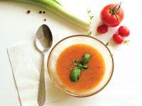 Tomaten-Kräuter-Cremesuppe