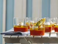 Tomatenaspik mit Mozzarella