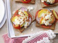 Überbackener Pfirsich-Toast