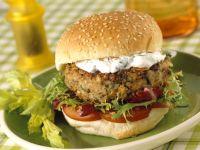 Vegi-Burger mit Quarkcreme