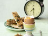 Weiches Ei mit Toast