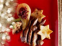 Weihnachtlicher Gänsebraten mit Preiselbeerbirne
