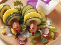 Wiener Würstchen mit Kartoffel- und Gurkenscheiben