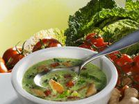 Wirsingsuppe mit Kokosmilch und Ingwer