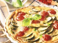 Zucchini-Quiche mit Tomaten