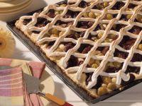 Zwetschgen-Mirabellen-Blechkuchen