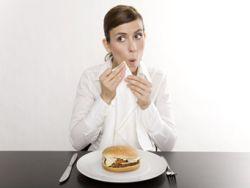 Macht alleine essen dick?