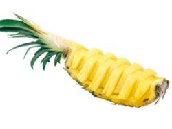 Eine frisch aufgeschnittene Ananas