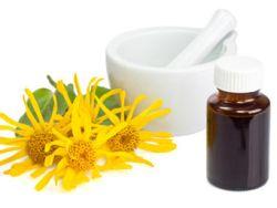 Arnika-Kügelchen sind ein beliebtes Heilmittel