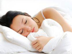 Mit den richtigen Lebensmitteln besser schlafen