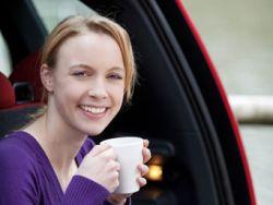 Macht Kaffee müde Autofahrer wach?