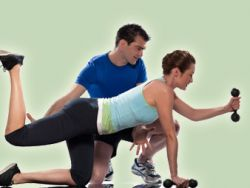 Personal Trainer können beim Abnehmen helfen
