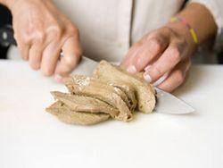 Seitan wir aus Gluten hergestellt.
