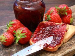 Ist Marmelade trotz Schimmel noch genießbar?