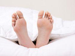 Nackt schlafen – gesünder als gedacht? © carballo