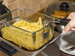 Schaummittel und Schaumverhüter: Bei Pommes ist die schaumlose Variante gefragt. © Leonardo Franko - Fotolia.com