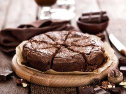 Schokoladenkuchen mit Vanillesauce