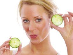 Gurkenscheiben können z.B. bei Augenringen helfen © Light Impression - Fotolia.com