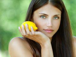Vitamine für die Haare | © BestPhotoStudio - Fotolia.com